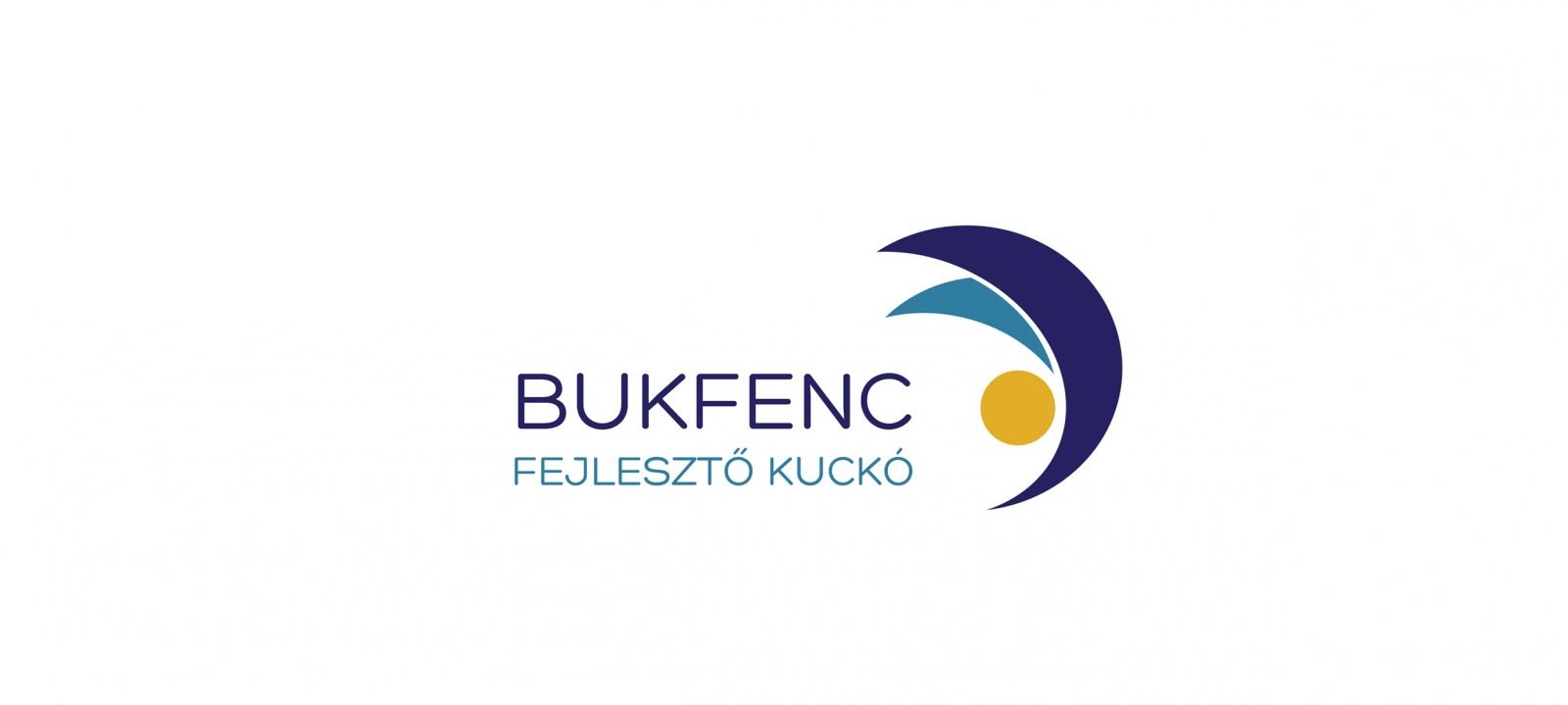 BUKFENC FEJLESZTŐ KUCKÓ